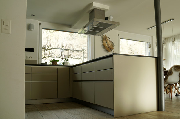 Küchensanierung EFH in Brenzikofen