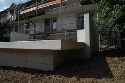 Sanierung Küche und Fassade, Neubau Terrasse in Spiez