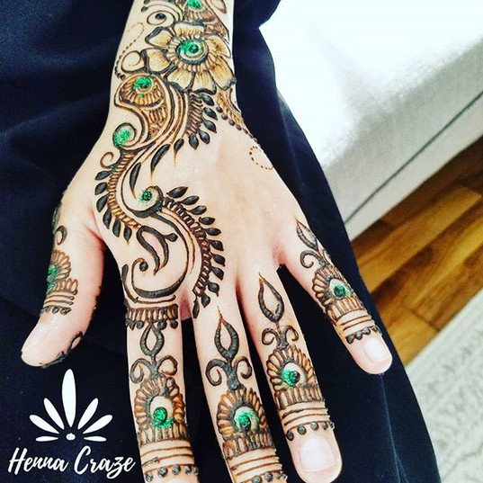 Simple top of hands for a clients nikah