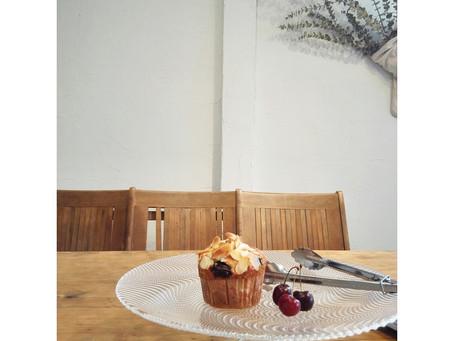 Dark cherry Muffin