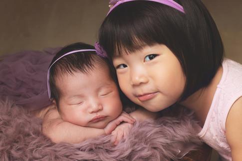 036-momo-studio-newborn-and-sibling-phot
