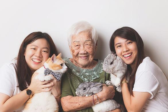 022-momo-studio-family-with-cat-studio-p