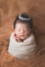 momo-studio-newborn-photography.jpg