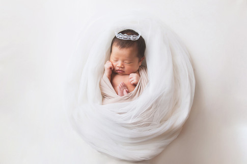 029-momo-studio-newborn-photoshoot-at-ho