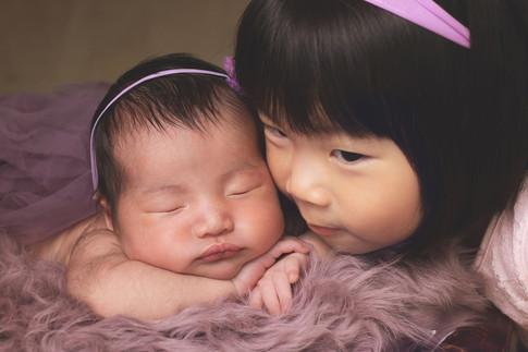 037-momo-studio-newborn-and-sibling-phot