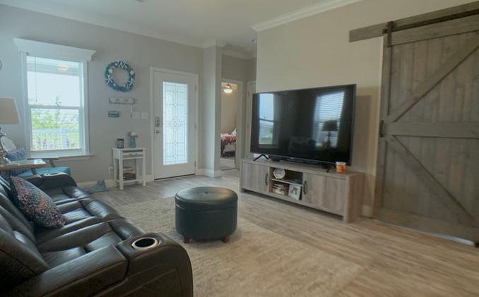 Living Room Lot 92