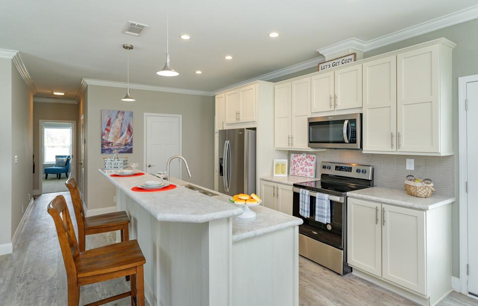 04-Kitchen (2).jpg