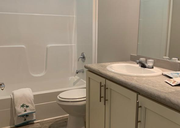 Sunrise 2nd bathroom 042121_1.jpeg