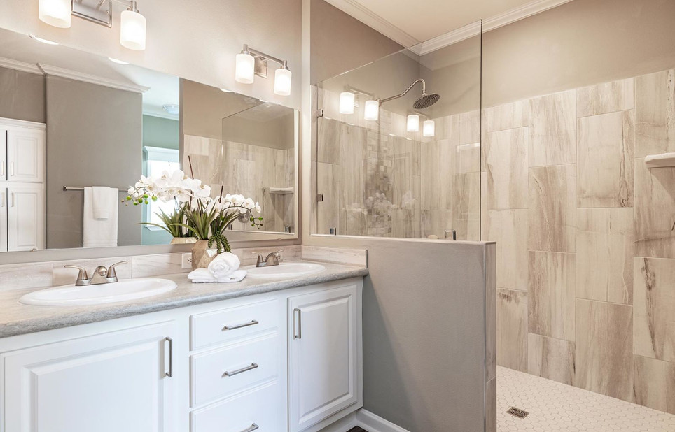 Coastal Palm Master Bathroom model 6400