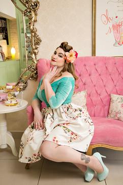 Ana Cadamuro - Cheesecake - Be a Bombshe