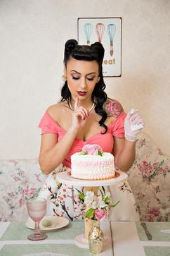 Andreia - Cheesecake - Be a Bombshell -
