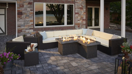 OUTDOOR FIREPITS/TABLES