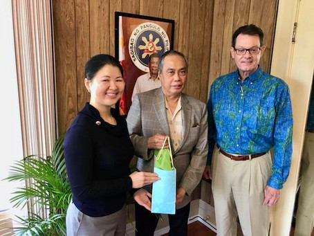 Foundation Directors meet with new Philippine Consul General