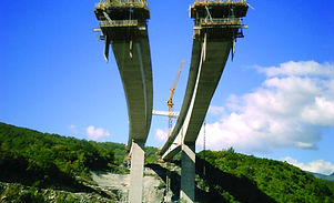 Votonsi Bridge under construction at Kas