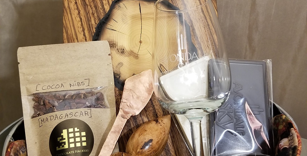 Wine & Cheese Mom & Dad Gift Tin