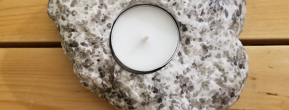 Anhydrite / Gypsum Candle - JS13