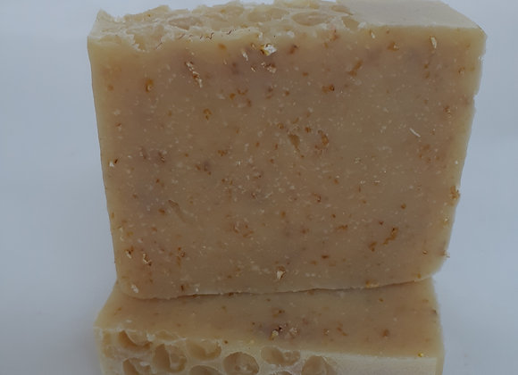 The Bee's Knees Soap 4.5oz