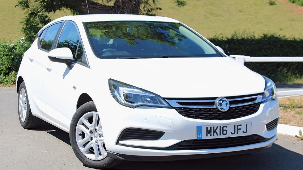 Vauxhall Astra 1.4i Design 5dr
