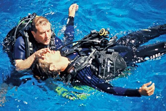 rescue-diver,scubadiving,CANCUN DIVE