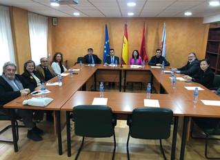 Reunión de la Junta Directiva de Cátedra China con el encargado de negocios de la Embajada China en