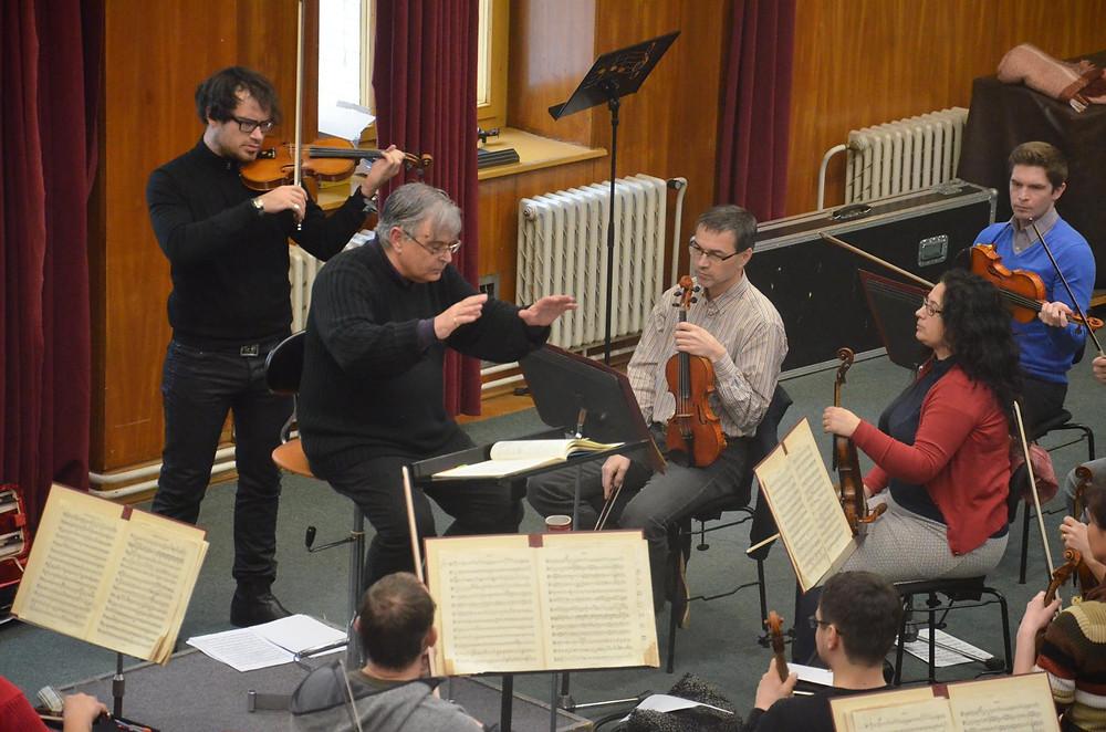 Anthony Armore conduction the Janacek Philharmonic