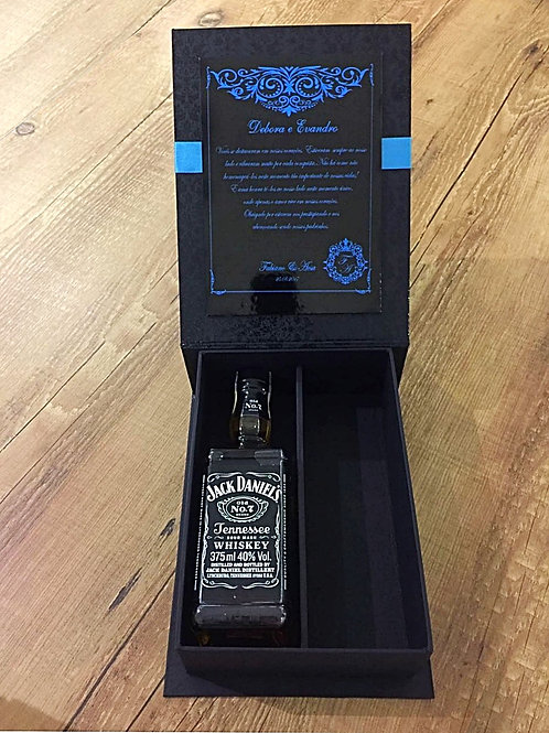 Caixa com Whisky Jack Daniels 375ml