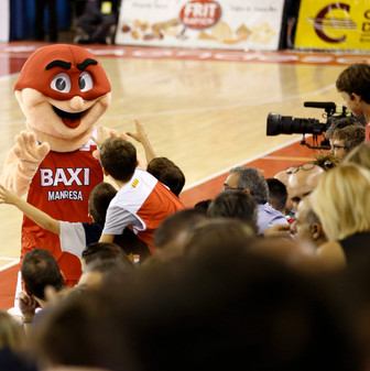 Mascota Baxi Manresa.JPG