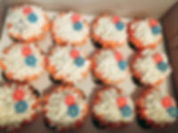 Cupcakes Beach Cake.jpeg