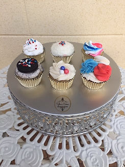 4th of July cupcakes.jpeg