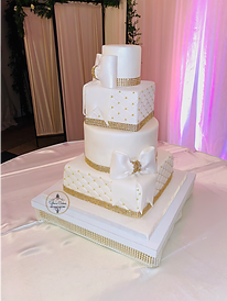 Bow Wedding Cake YE.png