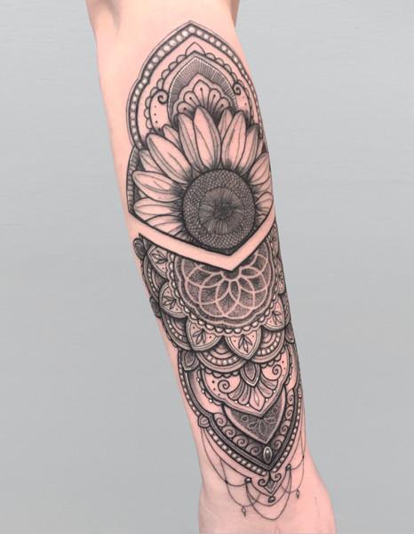 Sunflower & Mandala with Pointillism 💜