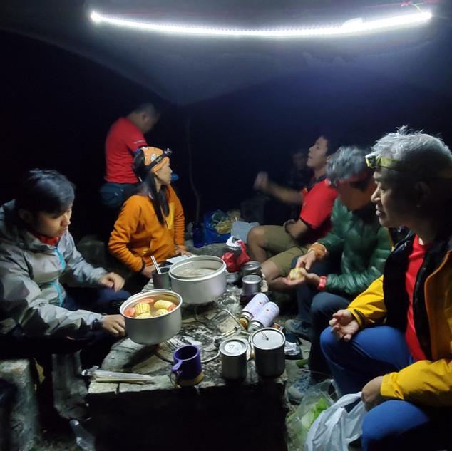 好玩的二級山藝課程~夜行~露營~開爐煮野食.jpg.jpg