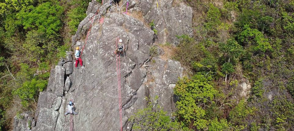 最好的-推介沿繩下降課程-高級繩索技術員-繩索總會-游繩下降-緣繩下降.jpg