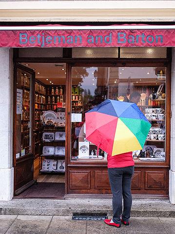 betjeman-barton-the-boutique-carouge-ent