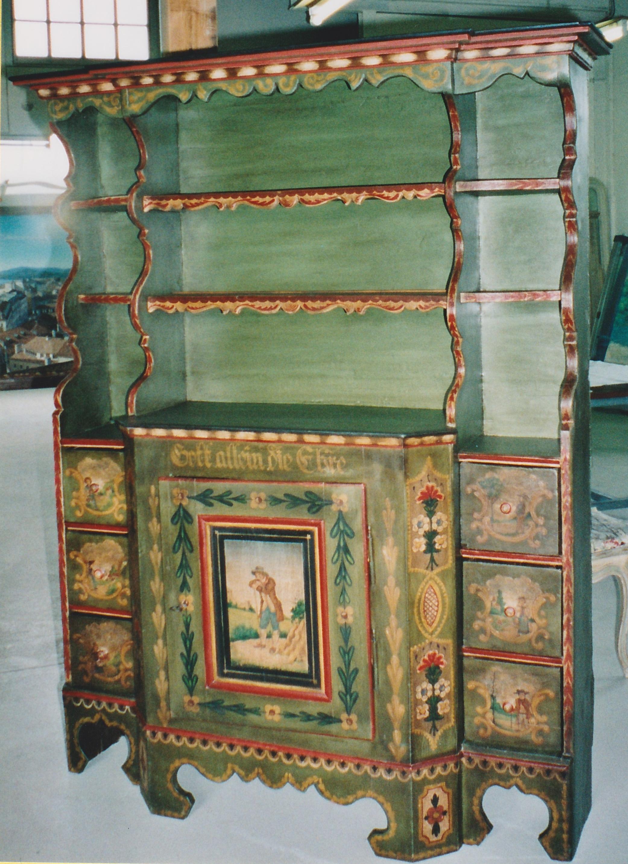Vaisselier ancien art populaire
