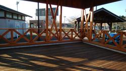 芝生広場の東屋6