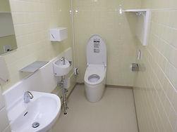 平成27年度西部学校給食センター調理員用トイレ改修工事1
