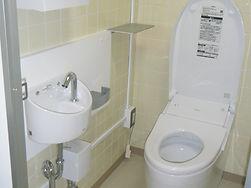 平成27年度西部学校給食センター調理員用トイレ改修工事3
