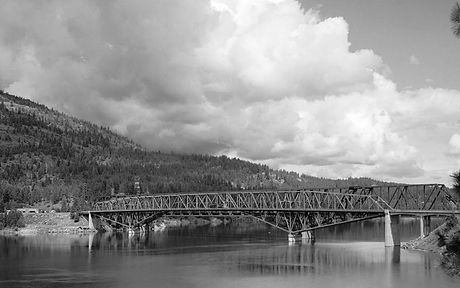 Columbia_River_Bridge_at_Kettle_Falls,_U.S._Route_395_spanning_Columbia_River,_Kettle_Falls_vicinity