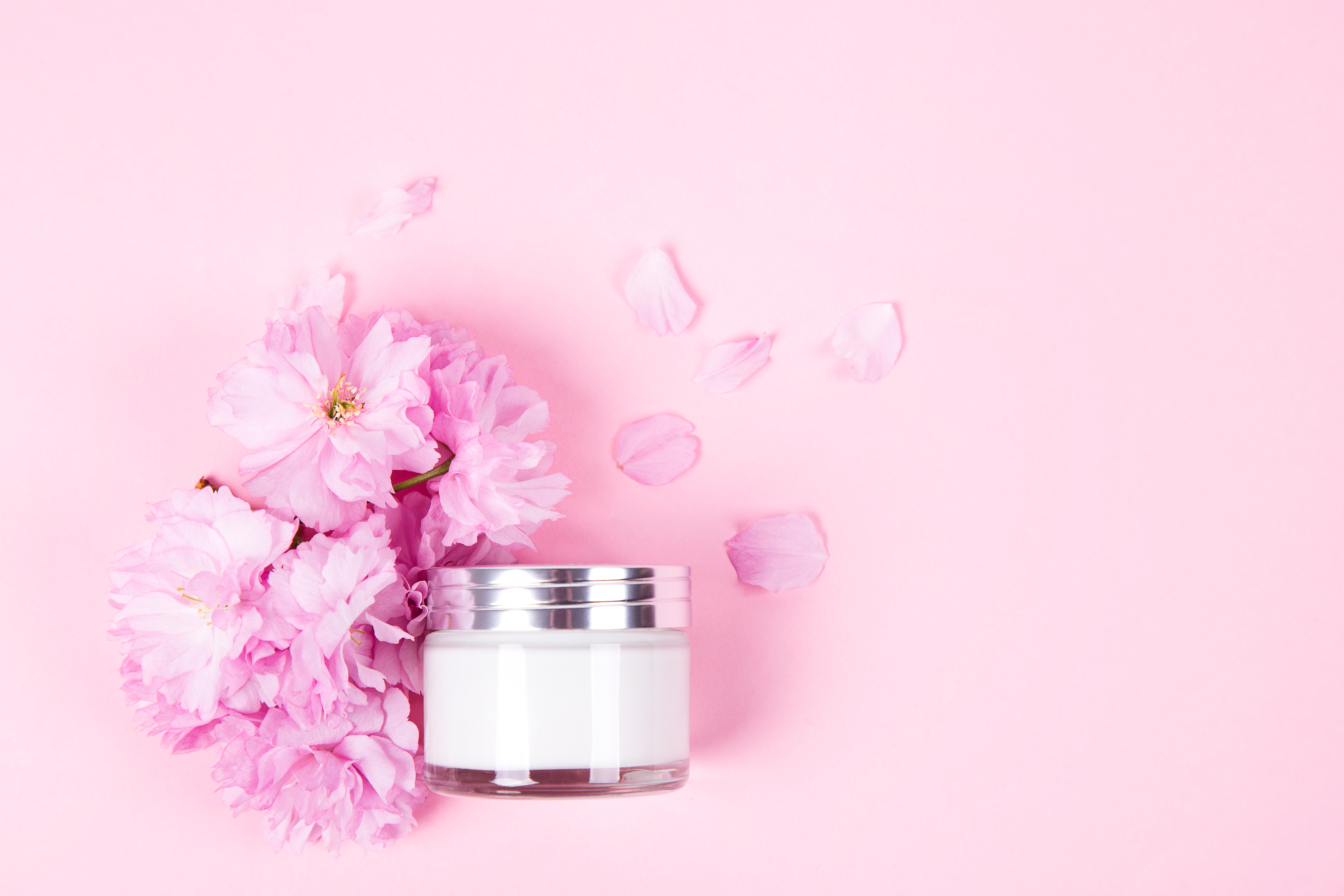 Luxe cosmetics, anti-age moisturizer and