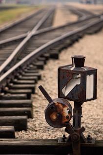 train-tracks-3.jpg