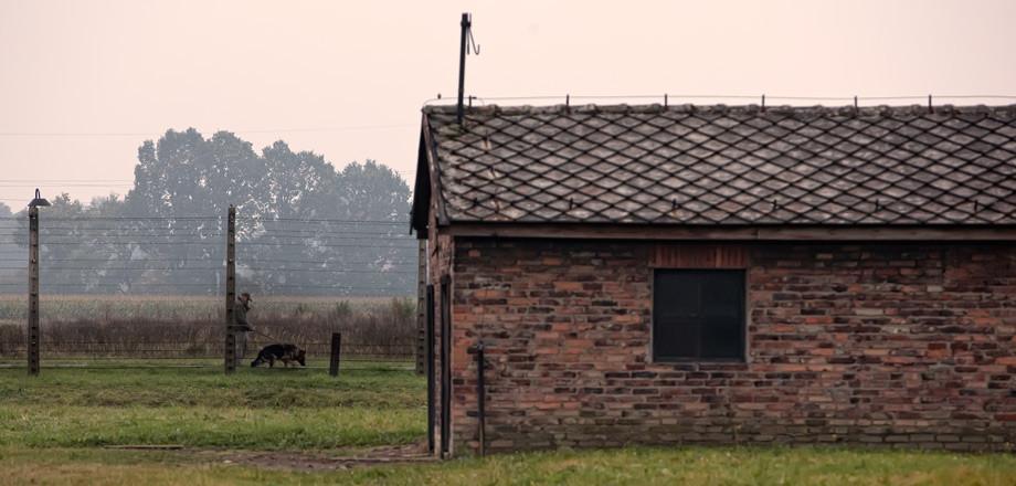 brick-barrack.jpg
