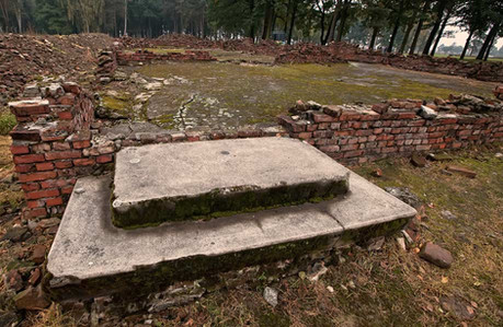 ruins-of-crematories-and-gas-chambers-1.jpg