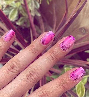 Raffle - Win a set of nails for a year with Ffion