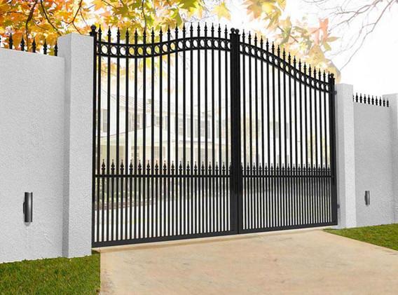 Ditchling Aluminium Gates