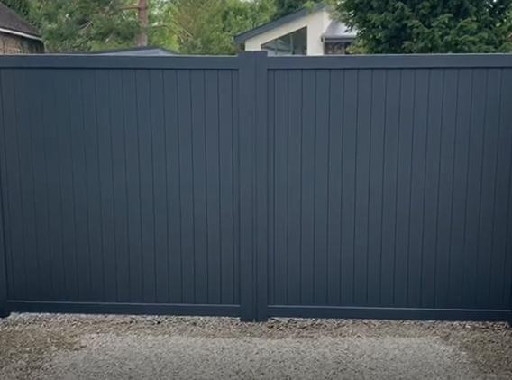 Byfleet-Pair Aluminium Gates