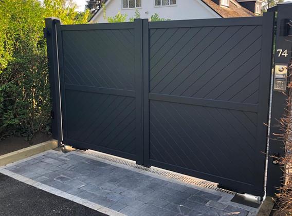 Hersham Aluminium Gates