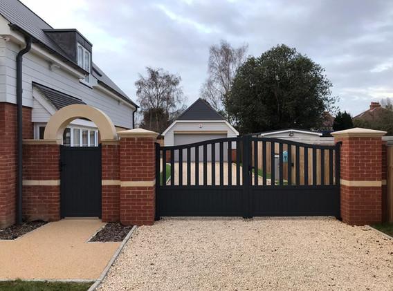 Goring Aluminium Driveway Gates
