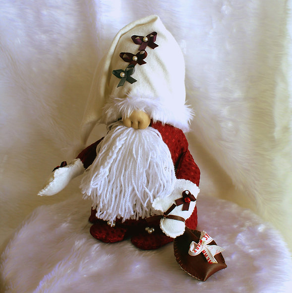Akim - The Mini Christmas Gnome