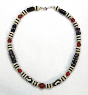 Mara Short Necklace with Amber - Made in Kenya